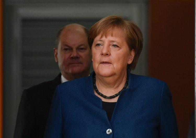 Merkel destituye a un miembro de su gobierno por haber votado con la ultraderecha