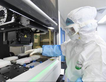 Un chino muere en Francia por el coronavirus, el primero fuera de Asia