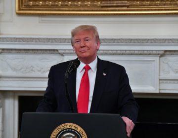 Trump cree que el calor mata al coronavirus y que la epidemia terminará en abril