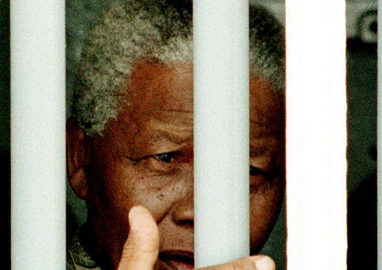 """Hace 30 años, la liberación de Mandela significó """"la muerte"""" del apartheid"""
