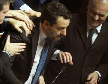 El exministro italiano de Interior a juicio por secuestro de migrantes