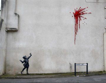Vandalizan nueva obra de Banksy realizada por San Valentín