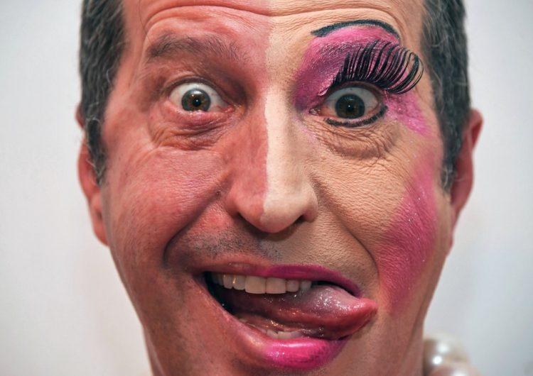 Ejecutivo brasileño brilla como drag queen en el carnaval y promueve la inclusión