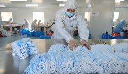 Número de muertos por coronavirus sube a 2,233 en China;…