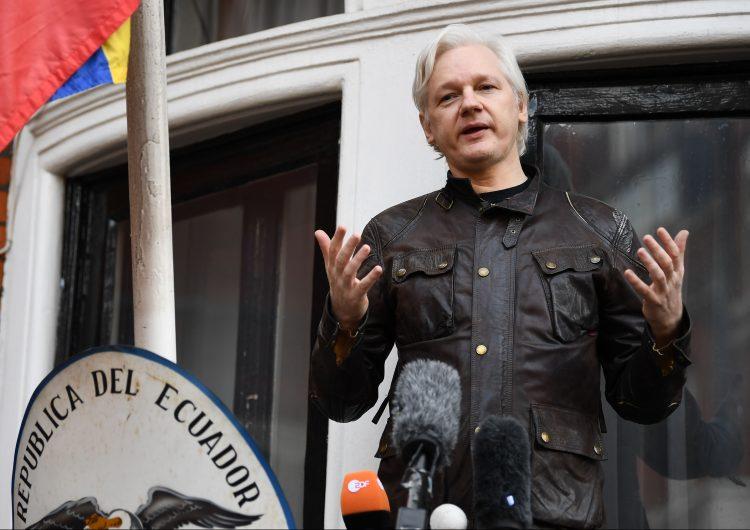La defensa de Julian Assange denuncia el trato en prisión del fundador de Wikileaks