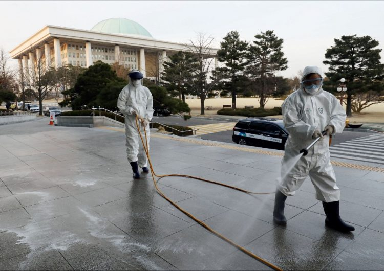 Coronavirus: Italia e Irán reportan más muertes y la OMS advierte sobre riesgo de pandemia