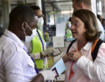 Coronavirus llega al África subsahariana y se propaga por el mundo