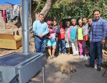 Entregan estufas ecológicas a habitantes de bajos recursos en Calvillo