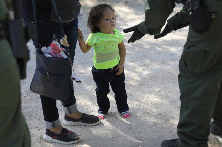 """Trump debe indemnizar a las familias inmigrantes separadas en la frontera por """"tortura"""" y """"desaparición forzada"""""""