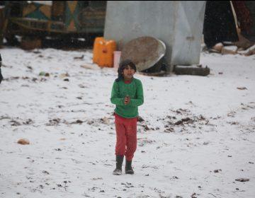 Mueren al menos siete niños por las condiciones en los campamentos de desplazados del noroeste de Siria