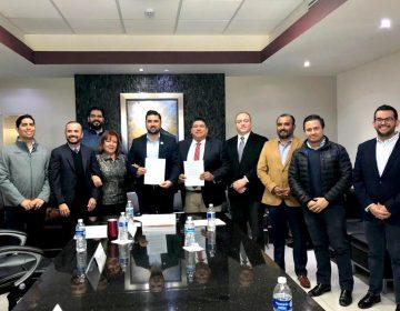 """Firman convenio de """"ciudades inteligentes"""" en Baja California"""
