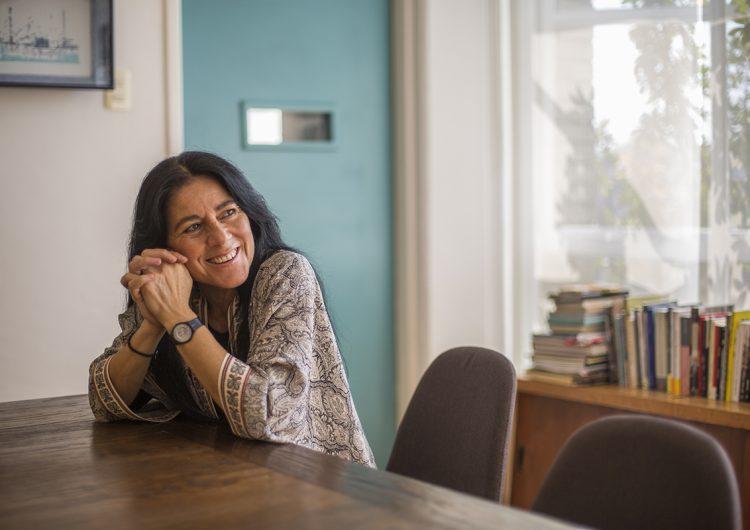 La escritura hace desaparecer el miedo: Sandra Lorenzano