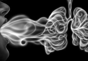 El vapeo hace a los pulmones tan vulnerables a las infecciones como el cigarro