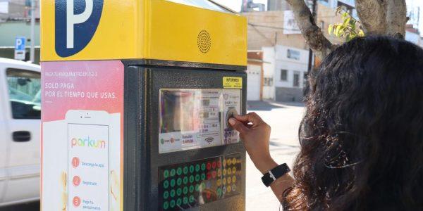 Reducen la tarifa de estacionómetros en Tijuana