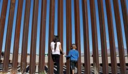 """Dictamen """"monumental"""": las condiciones en las celdas de detención fronterizas…"""