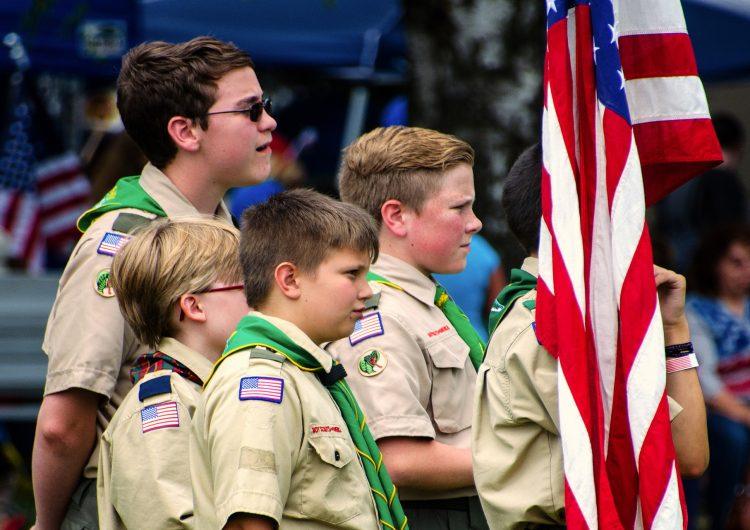 Los scouts de Estados Unidos se declaran en quiebra ante demandas por abuso sexual