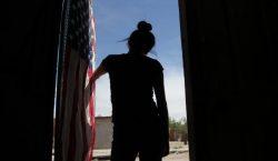 Joven venezolana fue separada de su familia en EU y…