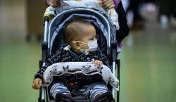 Un bebé muere por COVID-19 en Illinois; van más de…