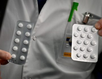 Qué se sabe de la cloroquina, medicamento que EU autorizó de emergencia para tratar el COVID-19
