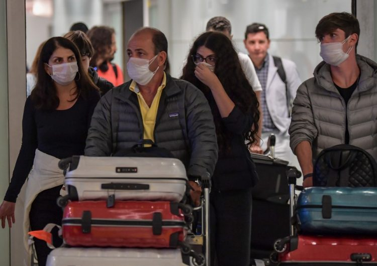 Coronavirus deja más de 3,000 muertes y frena la economía mundial