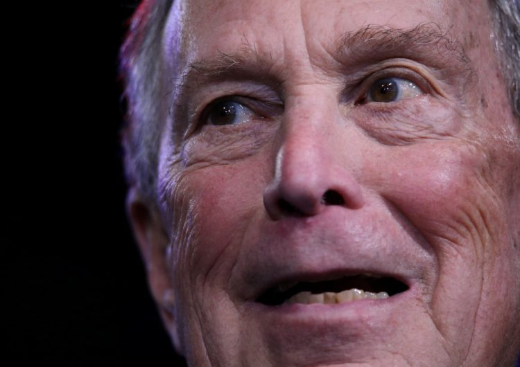 Bloomberg deja la carrera presidencial tras fracaso en el supermartes y anuncia apoyo a Biden