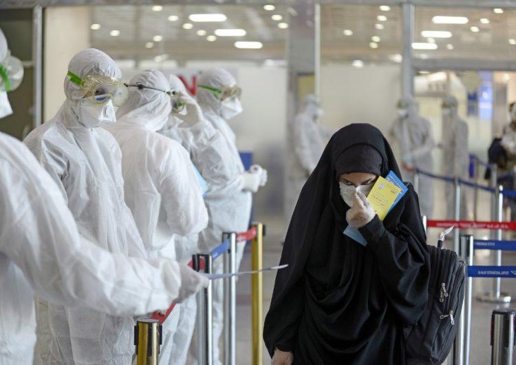 Coronavirus deja sin clases a más de 290 millones de alumnos y causa estragos en aerolíneas