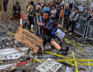Turquía despliega policía en frontera con Grecia para impedir el reingreso de refugiados