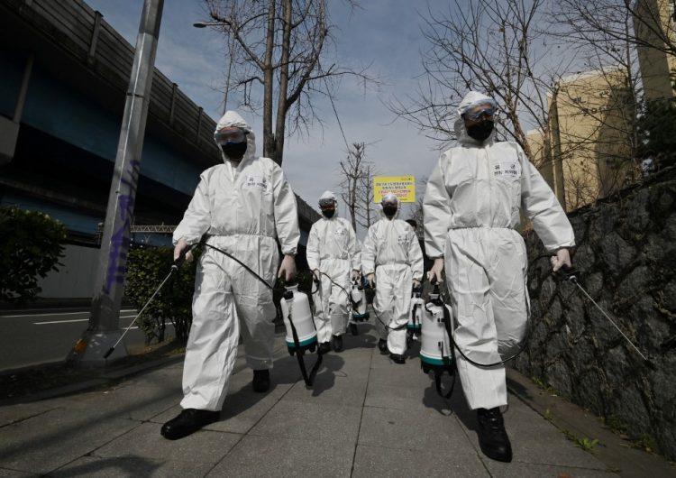 Coronavirus: EU pide a personas mayores comprar víveres y prepararse para permanecer en casa