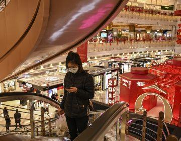 China registra solo un caso de coronavirus por contagio, pero 20 importados