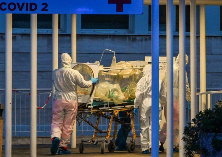 Médicos italianos piden al gobierno que les realicen las pruebas para detectar coronavirus