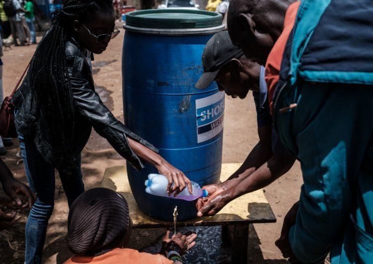 Millones de personas sin jabón ni agua para protegerse del coronavirus
