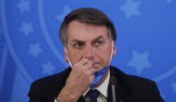 """""""Todos vamos a morir algún día"""", dice Bolsonaro y mantiene…"""