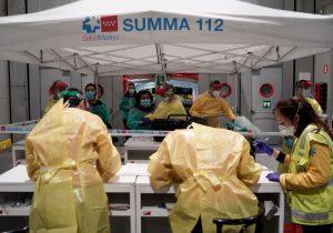 España registra 394 muertes por COVID-19 en un día; hay 3,500 trabajadores de salud infectados
