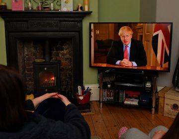 Boris Johnson impone confinamiento obligatorio en Reino Unido para frenar el coronavirus