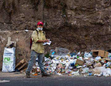 """Para una Venezuela en crisis, quedarse en casa por el coronavirus es un """"lujo"""""""
