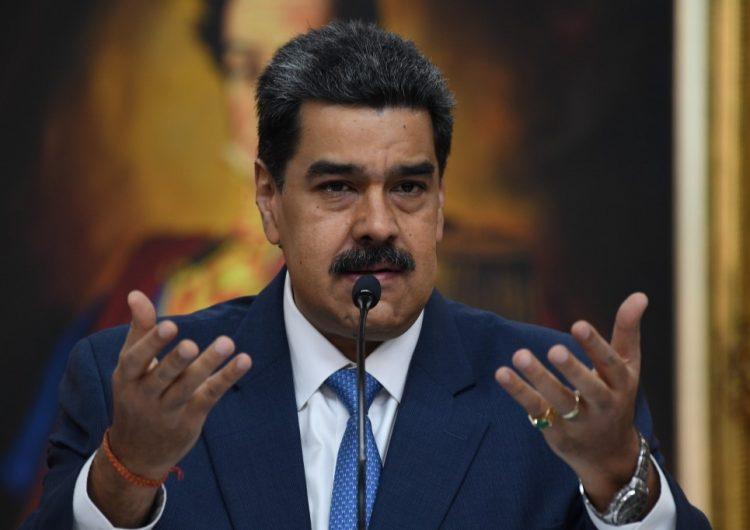 """EU acusa a Maduro de """"narcoterrorismo"""" y ofrece 15 mdd por su arresto"""