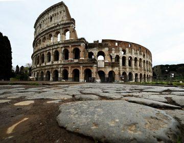Italia supera los 11,000 muertos por coronavirus y extiende confinamiento