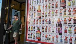 Restricciones en Australia impiden comprar más de 48 botellas cerveza…