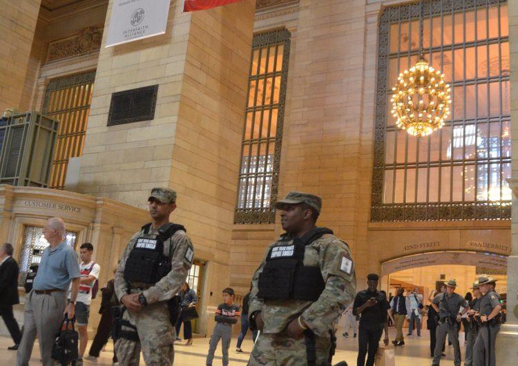Se despliega la Guardia Nacional en NY, epicentro del coronavirus