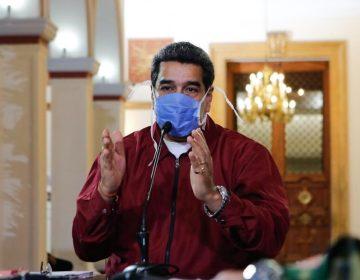 """Twitter borra un mensaje de Maduro donde habla del coronavirus como """"bioterrorismo"""" y da remedios caseros"""