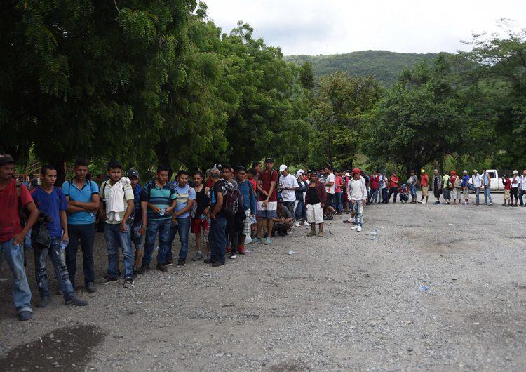 Guatemala impedirá el paso a migrantes con coronavirus
