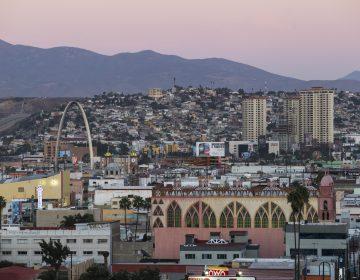 Ayuntamiento suspende actividades no esenciales en Tijuana