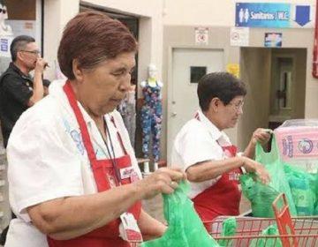 """Dará gobierno estatal mil pesos semanales a """"cerillitos"""" de la tercera edad"""