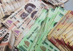 El peso mexicano llega a los 23. 16 por dólar, un nuevo mínimo histórico