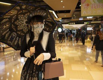 Multan con 33,000 dólares a un hombre que rompió cuarentena en Taiwán