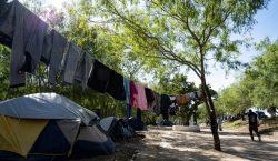 """Ante el COVID-19 """"estamos abandonados"""", dicen migrantes varados en las…"""