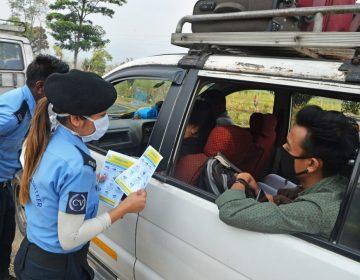 India 'castiga' a turistas mexicanos y de otros 3 países por violar confinamiento por COVID-19