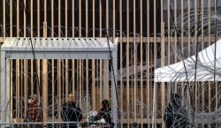 EU posterga plan de mantener en México a demandantes de…
