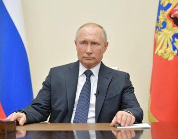 Putin declara un mes de asueto para frenar los contagios de COVID-19