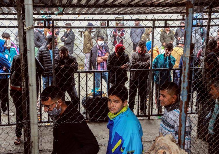 En cuarentena un campo de refugiados de Grecia tras 20 casos de coronavirus